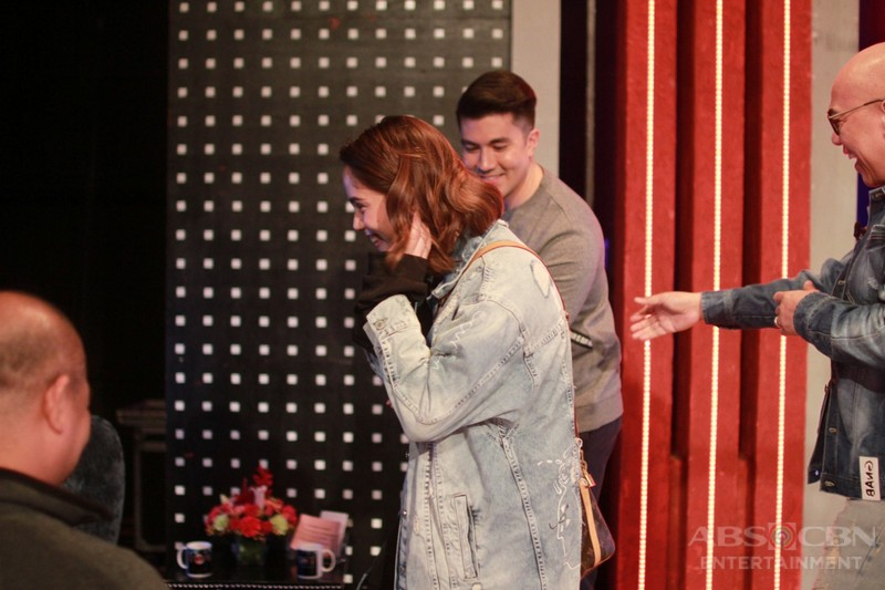 NOT-SEEN-ON-TV: Luis and Jessy, spotted ang sweetness off-cam sa TWBA!
