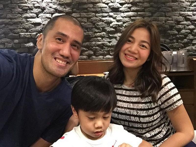 LOOK: Mga larawan ni Kyla kasama ang lalaking 'naka-3 points' sa puso niya!