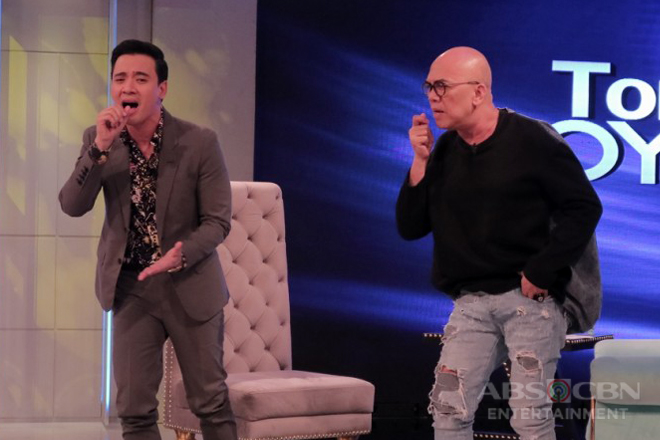 PHOTOS: Erik Santos on Tonight With Boy Abunda